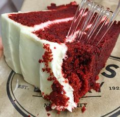 Find images and videos about yummy, delicious and cake on We Heart It - the app to get lost in what you love. Think Food, I Love Food, Good Food, Yummy Food, Tasty, Sweet Recipes, Snack Recipes, Dessert Recipes, Snacks