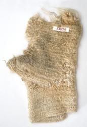 Nalbound mitten, Porajärvi, Olonets Carelia, Russia. Prior to 1941. Length 27 cm, width 17.3 cm.