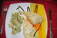 File de peste (platessa) cu sos beurre blanc si conopida picanta Meat, Chicken, Food, Meals, Yemek, Buffalo Chicken, Eten, Rooster
