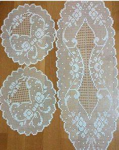 H Crochet Doily Patterns, Crochet Art, Thread Crochet, Crochet Designs, Crochet Doilies, Crochet Table Runner, Crochet Tablecloth, Fillet Crochet, Crochet Slippers