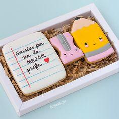 Best Sugar Cookies, Fun Cookies, Cake Cookies, Cupcake Cakes, Cupcakes, Biscuit, Presents For Teachers, Love Box, Teachers' Day