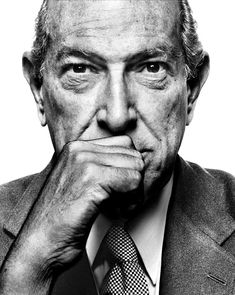 Oscar de la Renta (1932-2014) -  Dominican American fashion designer. Photo Platon Antoniou
