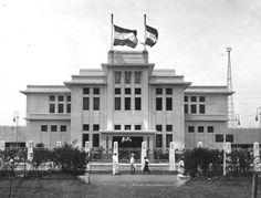This is one of the best art deco building in Bandung named Jaarbeursgebouw Bandoeng built around 191 by Wolff Schoemaker