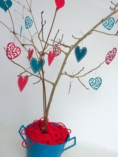 Heart Tree, use paper hearts to decorate some branches. Instant Valentine decor... by faye