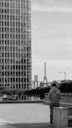 Simetria da Torre, Paris, França