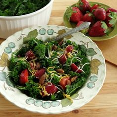 Massaged Kale Salad with Strawberries and Almonds - tips for tender tasty greens! #glutenfree #vegetarian #pomeianvarietals AD