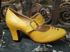 It Girl – Re-mix Classic Vintage Footwear