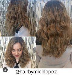 Balayage  Call to book an appointment with Michelle @ Studio 1250 in Markham, ON (905) 209-9329!  #studio1250salonspa #markhamsalon #hairstyling #balayage #torontobalayage #torontoombre #lovehair #torontosalon #olaplex #highlights #haircolour #washcolourstyle #olaplextreatment #ombre #blondehair #blondebalayage #blondecurls #fallhair #fallcolours #longhair #curls #waveyhair #hairbymichlopez