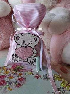 ~ Ideatoevents Christening Favors, Baptism Favors, Weddings, Blog, Handmade, Projects To Try, Hand Made, Wedding, Blogging