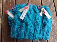 Cappellini di lana con trecce