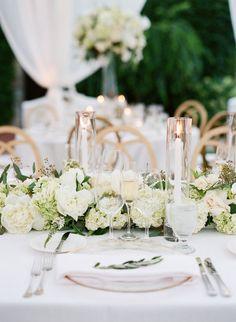 Al fresco wedding table setting: http://www.stylemepretty.com/2017/03/08/glam-napa-valley-vineyard-wedding/ Photography: Sylvie Gil - http://www.sylviegilphotography.com/