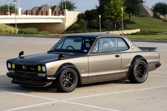 Auction Block: 1972 Nissan Skyline - Dr Wong - Emporium of Tings. Classic Japanese Cars, Japanese Sports Cars, Nissan Skyline 2000, Skyline Gtr, Honda S2000, Honda Civic, Datsun 510, Tuner Cars, Jdm Cars