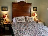 Katy House Bed & Breakfast - Smithville, TX