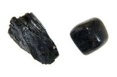 Black Onyx Facts Black onyx is a beautiful gemstone that is used often in jewelry pieces. It is known to have been in existence in ancient Greece and Rome. Black onyx has many uses and a rich history with an ancient myth.  Read more : http://www.ehow.com/facts_5996690_black-onyx.html