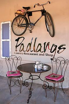 Padlangs Country Restaurant and Shop, Patensie. Enjoy a champagne breakfast or or blow out lunch in the Gamtoos Valley. Situated just 7 km outside Patensie en route to. Coffee Shop Signs, Small Shops, Stalls, Africa Travel, South Africa, Restaurants, Road Trip, Space, Country