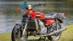 Suzuki's Infamous Rotary RE-5 Motorcycle From 1975