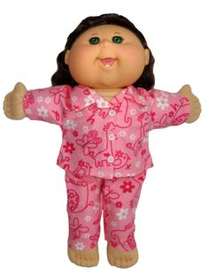 In these cute flannelette pyjamas, your little Cabbage Patch doll will look forward to snuggling into bed! The Velcro closure at the front and elastic waist on the pants makes it super easy for little hands to dress the...