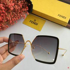 Wholesale AAA Fashion Fendi Replica Sunglasses for Sale Cute Glasses, Glasses Frames, Lunette Style, Cl Shoes, Designer High Heels, Sunglasses Women Designer, Fashion Eye Glasses, Sheepskin Boots, Sunglasses Sale