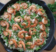 CleanFoodCrush Fast & Easy 1-Pan Shrimp Dinner http://cleanfoodcrush.com/one-pan-shrimp