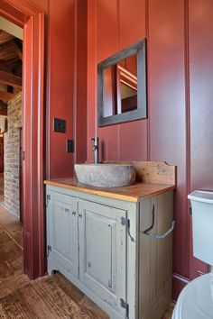 Clic Colonial Homes Interior Farmhouse Bathroom
