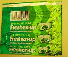 - my mom liked this-Freshen Up is a chewing gum with flavored gels inside manufactured by Adams in Brasil. Current flavours include cinnamon, peppermint, spearmint and bubble gum.