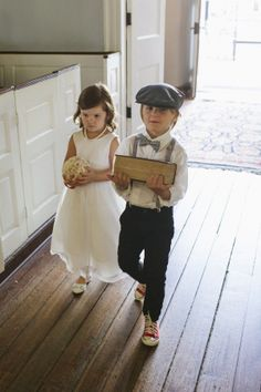 Ring Bearer in Newsboy Cap | photography by http://www.paigewinnphoto.com
