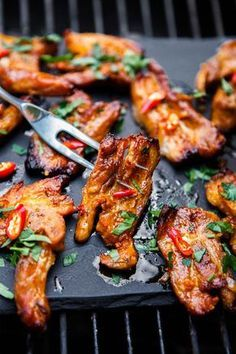 Kung Pao Chicken, Tandoori Chicken, Grill Oven, Bucky, Chicken Wings, Barbecue, Crockpot, Grilling, Food And Drink