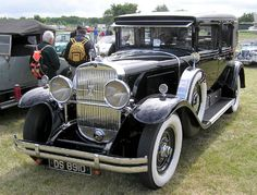1929 Cadillac V-8 series 341-B Imperial sedan or limousine, body by Fleetwood