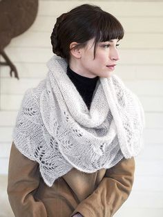 Free Shawl Knitting Patterns — NobleKnits Knitting Blog multiple free patterns: http://blog.nobleknits.com/free-shawl-patterns/