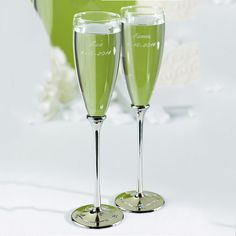 Wedding Champagne Flutes | Personalized Butterfly Beauty Champagne Wedding Flutes (Set of 2)