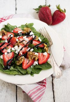 Spinach Strawberry Goat Cheese Walnut Salad - with watercress, tossed in a maple vinaigrette and topped with maple-glazed walnuts and a balsamic glaze | www.seasonsandsuppers.ca | #salad #strawberries #spinach