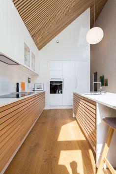 Rustic Kitchen Design, Diy Kitchen, Kitchen Dining, Kitchen Interior, Interior Design Living Room, Küchen Design, House Design, A Frame House, Kitchen Furniture