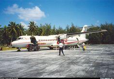 ATR 72-202, Air Tahiti, F-OHAG, cn 301, 66 passengers, first flight 29.4.1992, Air Tahiti delivered 22.5.1992. Foto: Bora Bora, French Polynesia, March 1995. Air Tahiti, Atr 72, French Polynesia, Bora Bora, March, Mac