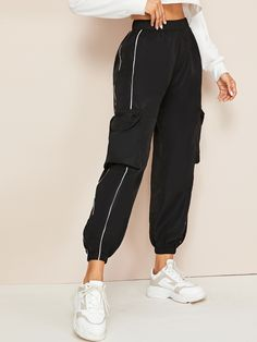 Check out this Contrast Piping Trim Side Pockets Cargo Trousers on Shein and explore more to meet your fashion needs! Teen Fashion Outfits, Trendy Outfits, Girl Outfits, Sporty Fashion, Mod Fashion, Fashion Pants, Fashion Styles, Cargo Pants Outfit, Women's Pants