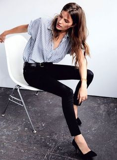Meet Your New Favorite Pairing: Skinny Black Jeans And Stripes