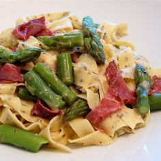 Pasta with asparagus, bresaola and gouda, OH MY!