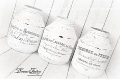 All about waterslide decal paper transfers - Home decor inspiration: Dreams Factory's top DIY projects and handmade decorations made with waterslide decals Handmade Home Decor, Handmade Decorations, Diy Home Decor, Garden Decorations, Mason Jar Crafts, Mason Jars, French Images, Decoupage, Book Page Wreath