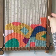 Tapestry Weaving Work in progress. Weaving Loom Diy, Weaving Art, Tapestry Weaving, Hand Weaving, Weaving Textiles, Weaving Patterns, Stitch Patterns, Knitting Patterns, Weaving Designs