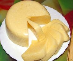 Milk is heated simultaneously with cheese. Separating whey from cheese, add cheese in butter, egg and all, cheese is almost ready. World's Best Food, Good Food, Yummy Food, Cheese Recipes, Cooking Recipes, Cooking Cheese, Bunny Bread, Cheese Curds, Most Delicious Recipe