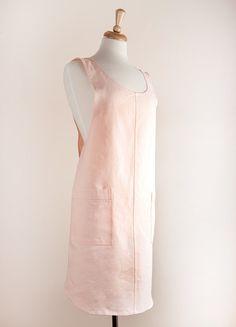 Japanse stijl schort 100% linnen licht roze door LinenAndTailor