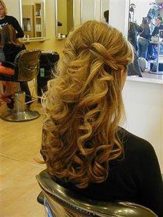 hair half updo