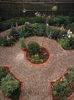 Gardening in Small Spaces: Creative Ideas from America's Best Gardeners (Fine Gardening Design Guides) Fine Gardening, Small Space Gardening, Small Space Design, Small Spaces, Garden Inspiration, Garden Ideas, Front Yards, Beautiful Gardens, Creative Ideas