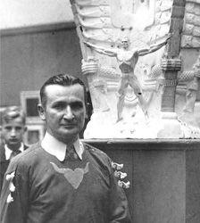 Stanislaw Szukalski /