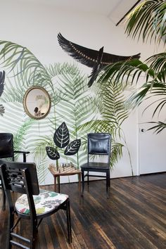 May 2013 Issue - Botanical murals in a sitting area Mural Painting, Mural Art, Wall Murals, Botanical Interior, Interior Walls, Interior Exterior, Jungle Room, Tropical Design, Plant Wall