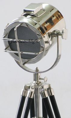 MARINE COLLECTIBLE SEARCHLIGHT W TRIPOD STAND SPOT LIGHT STUDIO TABLE TOP LAMP