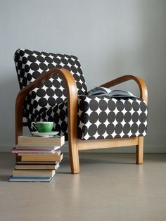 Mind Blowing Ideas: Upholstery Fabric Style upholstery tips home.Upholstery Tips Furniture upholstery armchair painted chairs. Retro Furniture, Cool Furniture, Furniture Design, Furniture Stores, Fireplace Furniture, Furniture Dolly, Furniture Online, Antique Furniture, Muebles Art Deco