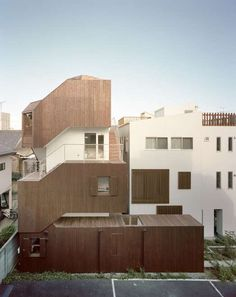 Double Helix House by Onishimaki and Hyakudayuki Architects isn't Easy to Find #wooden #architecture trendhunter.com