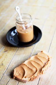 Crema de almendras {Para mi la felicidad es....} | Natural Catering, Bread, Natural, Blog, Happiness, Catering Business, Gastronomia, Brot, Blogging