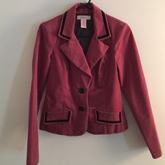 Xhilaration blazer - size small. Open to offers 😊 Xhilaration blazer - size small, shell: 98% cotton 2% spandex (texture feel like felt); lining: 100% polyester, comes with shoulder pads inside which can be easily removed, pockets on front are decorative Xhilaration Jackets & Coats Blazers