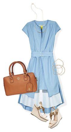 Combina tu look bronceado con un vestido azul. Logra que tu outfit resalte todavía más con una bolsa de asa corta.   ¡Mission accomplished!